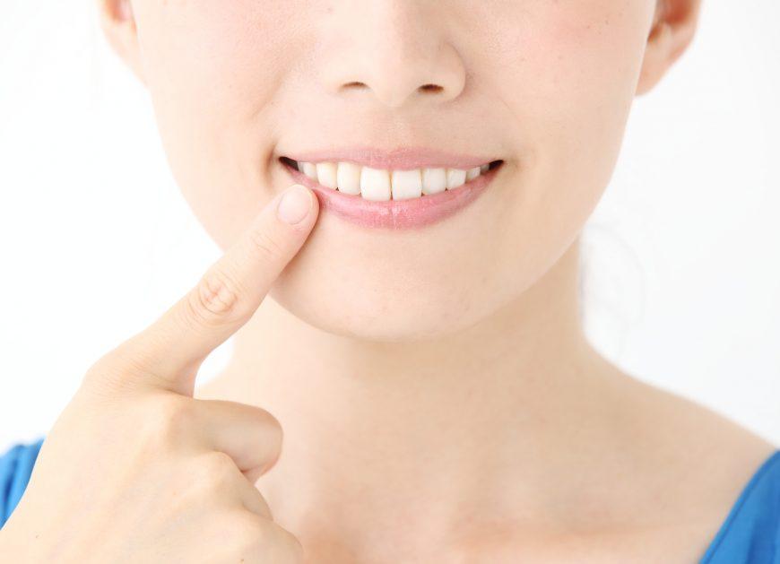 ホームホワイトニングで白い歯に!効果を実感するまでに使用する期間はどれくらい?
