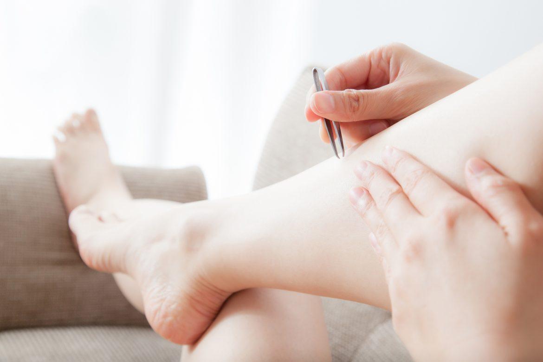 すね毛・足の毛を抜くのは大丈夫?肌に優しい自己処理方法をレクチャー