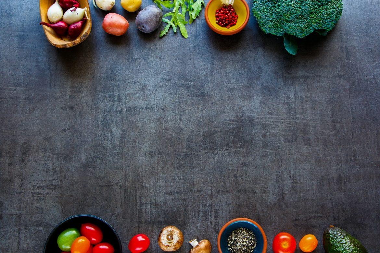 体の中からしっかり美白!美肌効果のある食べ物とは?