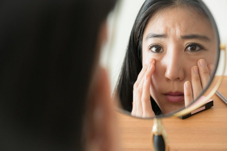 肌のくすみをなんとかしたい!くすみの原因と解消の秘策とは?