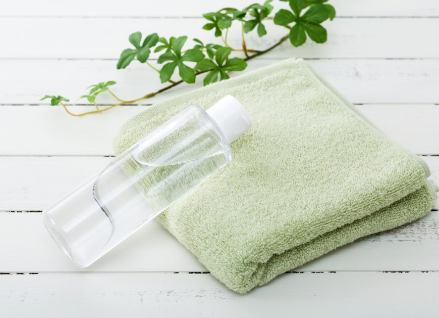 毛穴のたるみは老け顔の原因?たるみと毛穴汚れを改善する方法